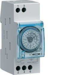 Schaltuhr elektromechanisch mit Gangreserve Tagesuhr 1W 16A 2 PLE Hager EH211